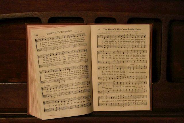ドラムの教則本でおすすめな3冊を紹介します!初心者の方にも◎