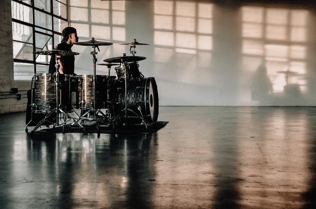 【ドラム】独学での始め方:初心者はドラムを購入しない