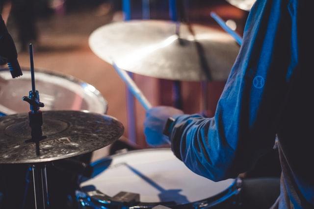 ドラムのアクセントは4つのストロークだけ!習得のコツを解説