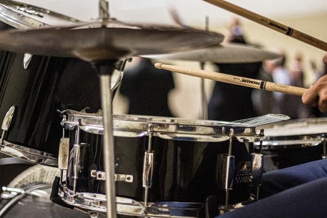 ドラムのフィルインとは何か?4項目を具体例と共に解説